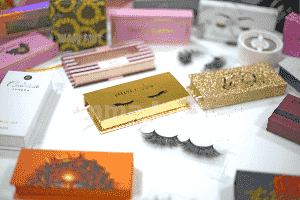 wholesale-3d-mink-lashes-with-custom-packaging
