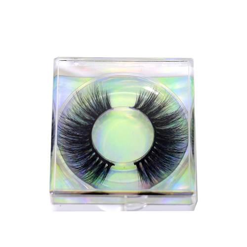 Clear free eyelash case from Emma Lashes