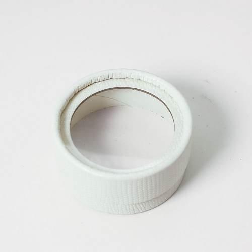 white crocodile pattern eyelash box
