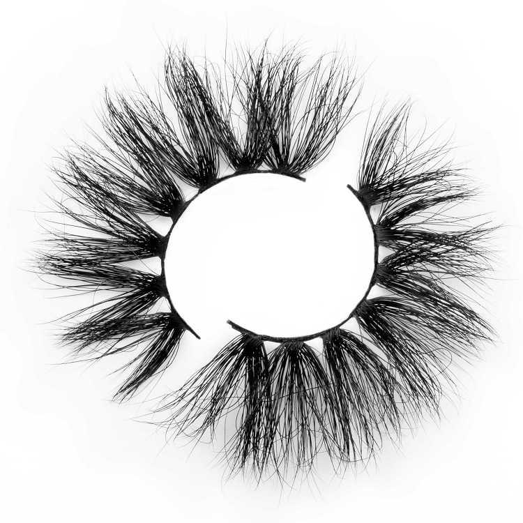 long dramatic mink lashes