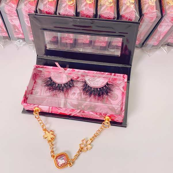 lilly lashes packaging vendor