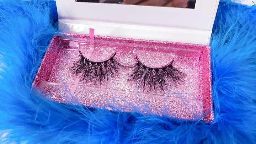 custom boxes for eyelashes