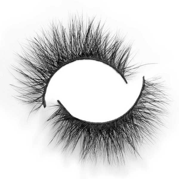 wispy cat eye lashes